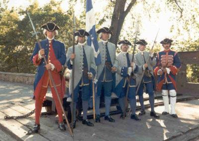Anciennes_troupes_militaires_Montreal_Officiers
